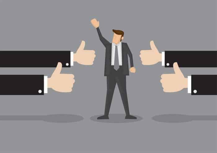 Det er vigtigt at søge anderkendelse fra andre, når du ikke længere ser dine kollegaer til hverdag.
